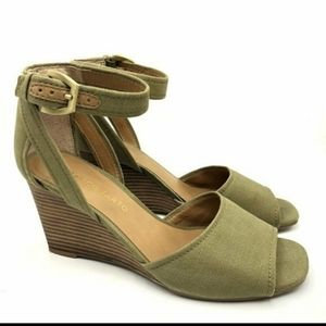 [Franco Sarto] Hanson Canvas Army Green Wedges